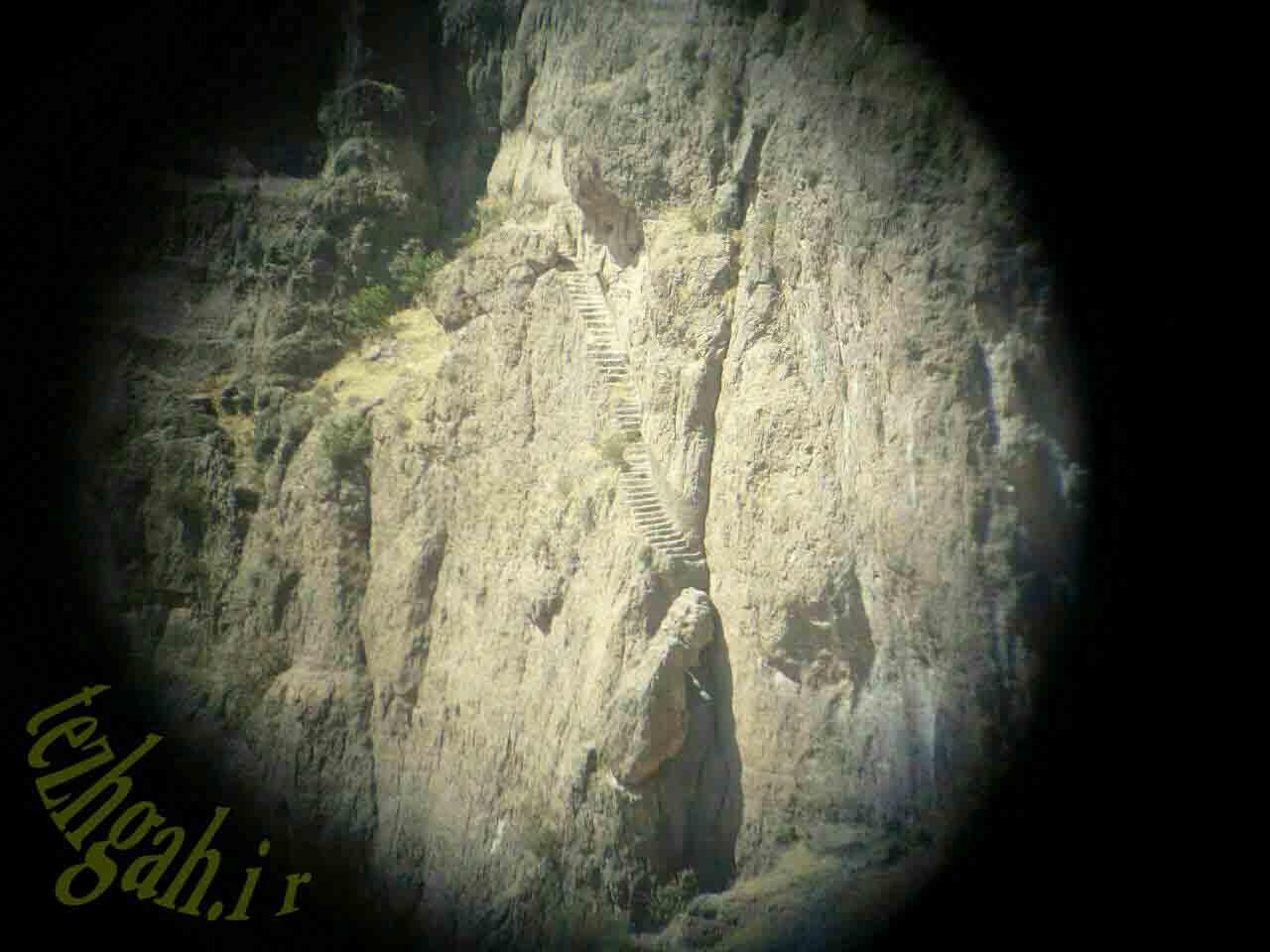 پله های باستانی کوه مقدس یافته در غرب خرم آباد